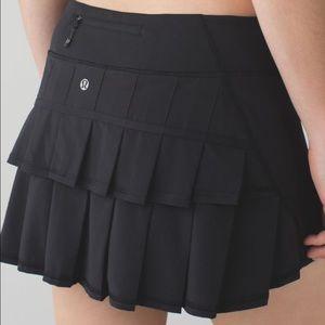Lululemon black pace maker skirt